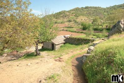 Μύλοι και γέφυρα - χωριό Egrek
